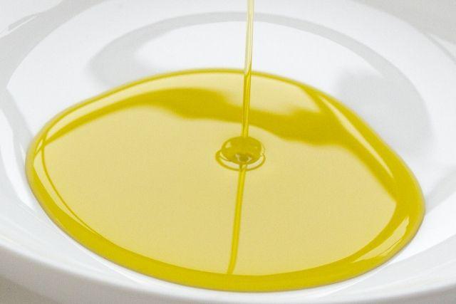 油 オイル