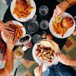 食事 レストラン